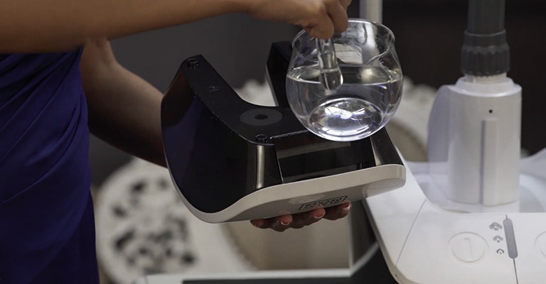 How to Use Portable Steam Iron 2