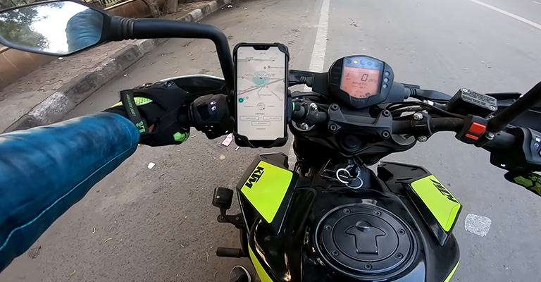 What Makes a Perfect GPS Tracker for Motorcycle