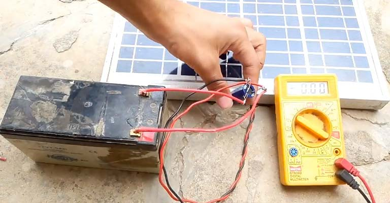 How Long to Charge 12V Battery With 100-Watt Solar Panel